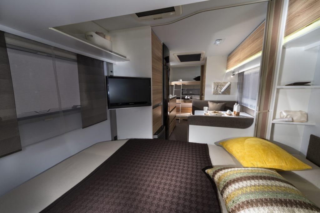 adria altea 542 pk 2 kaufen neu dietsche caravan. Black Bedroom Furniture Sets. Home Design Ideas